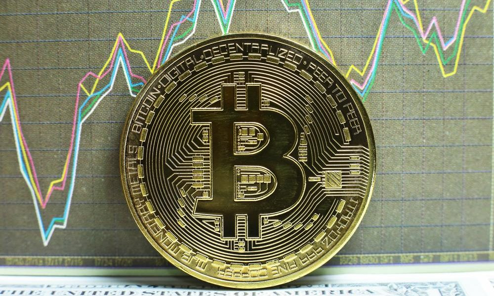Experts expect high volatility for the Bitcoin price over ...