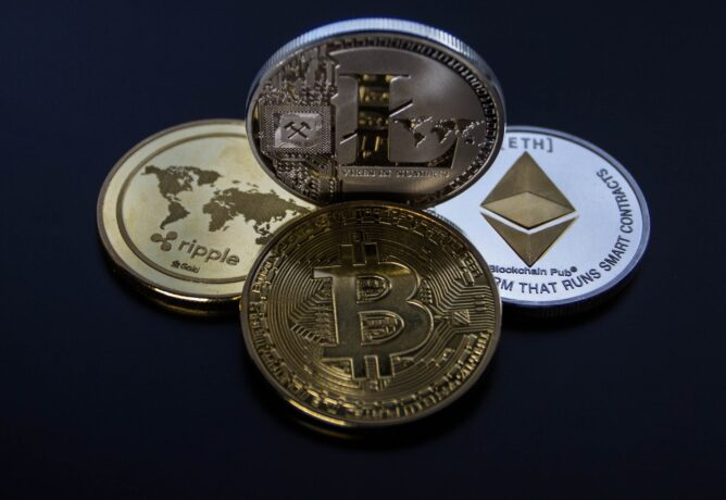 Weiss Ratings: Cardano a la meilleure technologie, Ethereum devant Bitcoin
